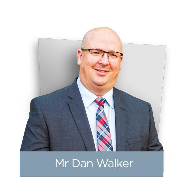 Daniel Walker Headshot
